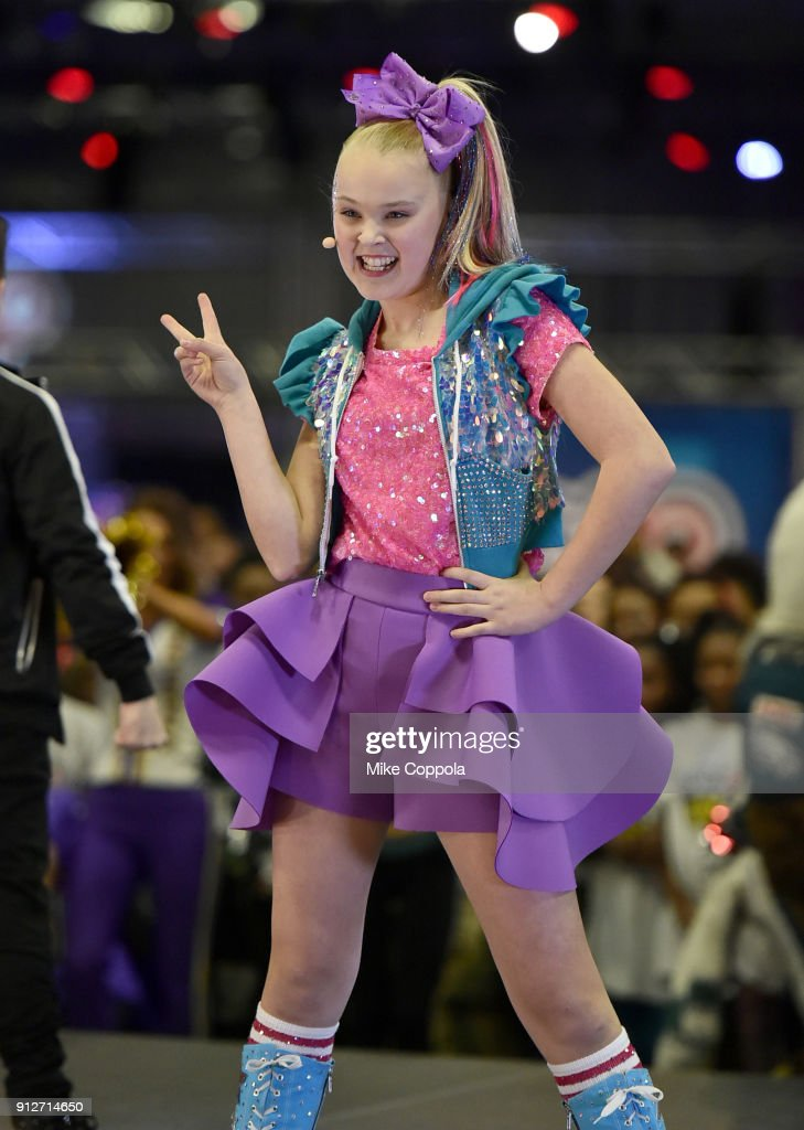 b15d1ed3e Nickelodeon at the Super Bowl Experience - JoJo Siwa performance at NFL  Play 60 Kids Day