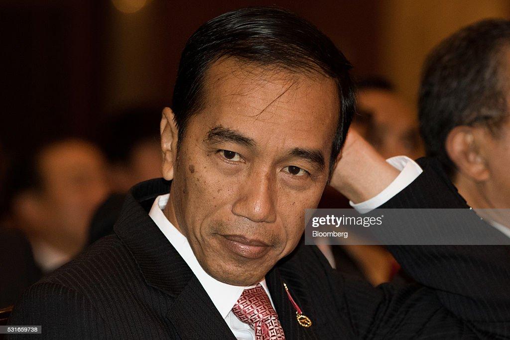 Indonesia's President Joko Widodo Speaks At Business Forum : News Photo