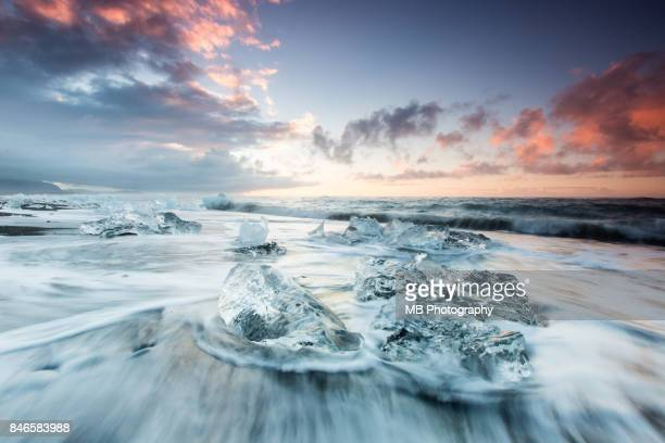 jokulsarlon beach - freezing motion photos stock pictures, royalty-free photos & images