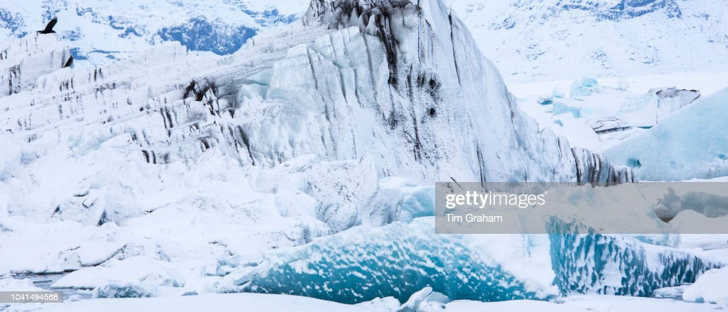 Floating Icebergs in Jokulsarlon Glacial Lagoon, Iceland : News Photo