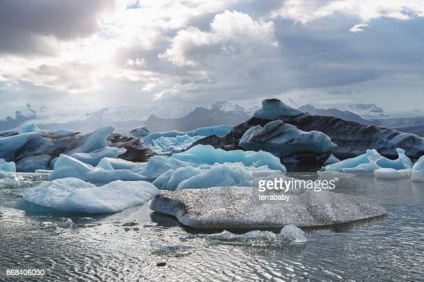jokulsarlon glacier lagoon iceland - glacier lagoon stock photos and pictures