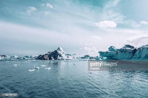 jokulsarlon gletscherkagelage - polarklima stock-fotos und bilder