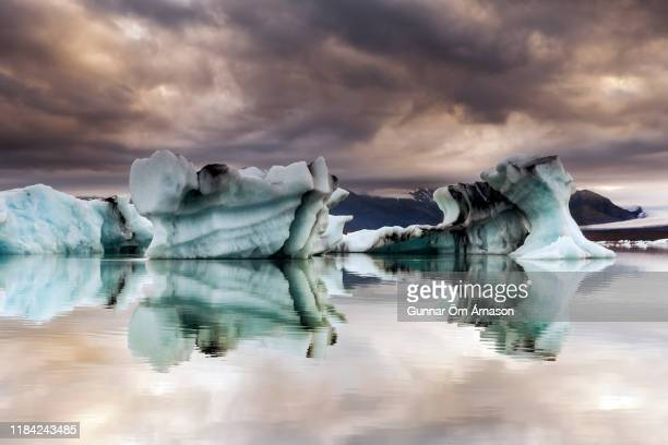 jokulsarlon lagoon iceland - gunnar örn árnason stock pictures, royalty-free photos & images