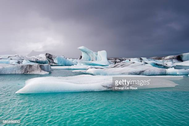 jokulsarlon lagoon - glacier lagoon stock photos and pictures