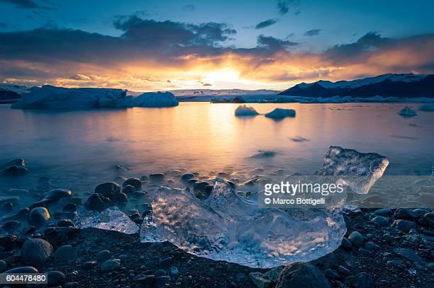 Jokulsarlon, southern Iceland. Icebergs on the glacier lagoon.