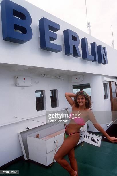 Jolanda Egger am Rande der Dreharbeiten zur ZDFReihe 'Traumschiff' Folge 14 'Bali' Episode 2 'Die kleine Kupplerin' am auf Kreuzfahrtschiff MS...