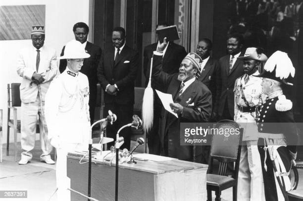 Jomo Kenyatta being swornin as Prime Minister in Nairobi