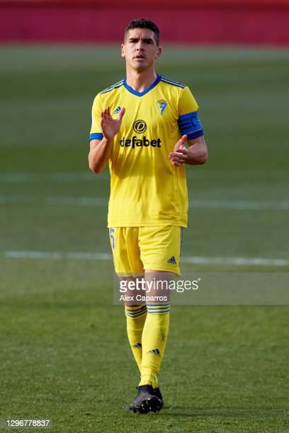 Jon Ander Garrido of Cadiz CF applauds during the Copa del Rey round of 32 match between Girona FC and Cadiz CF at Montilivi Stadium on January 16,...