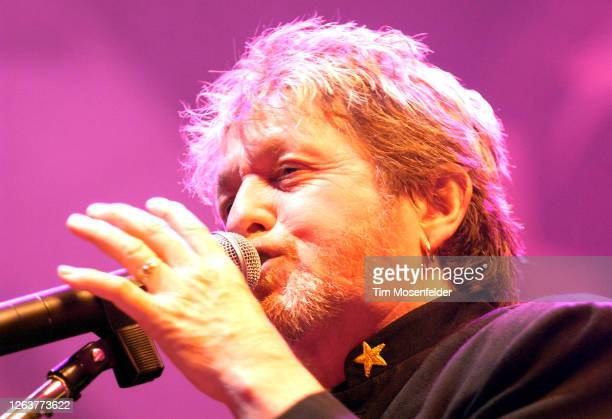 """Jon Anderson of Yes performs during the band's """"35th Anniversary"""" tour at HP Pavilion on April 17, 2004 in San Jose, California."""