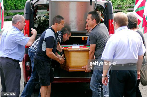 Jon Anza's relatives and members of Abertzale party carry the coffin of Jon Anza on July 23 2010 in Ciboure southwestern France Jon Anza a member of...