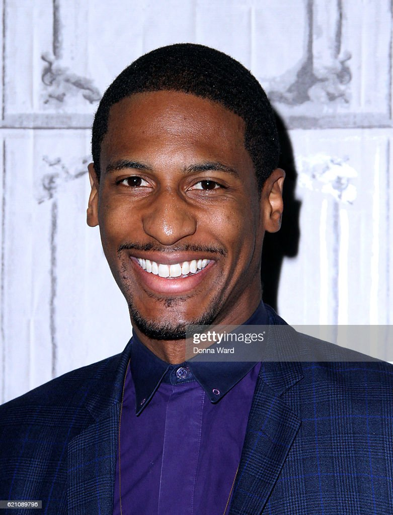The Build Series Presents Jon Batiste Discussing His New Holiday ...