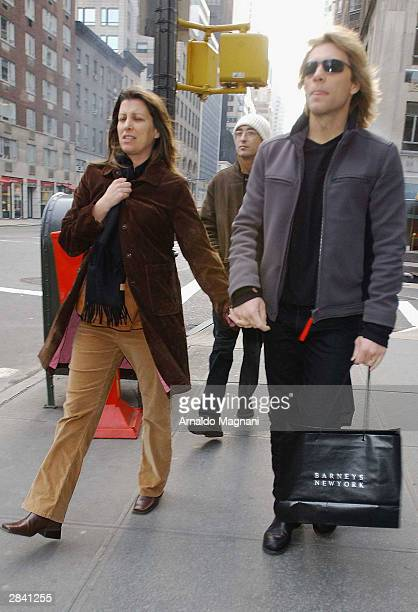 Jon Bon Jovi and his pregnant wife Dorothea leave Nello's Restaurant on January 2 2004 in New York City