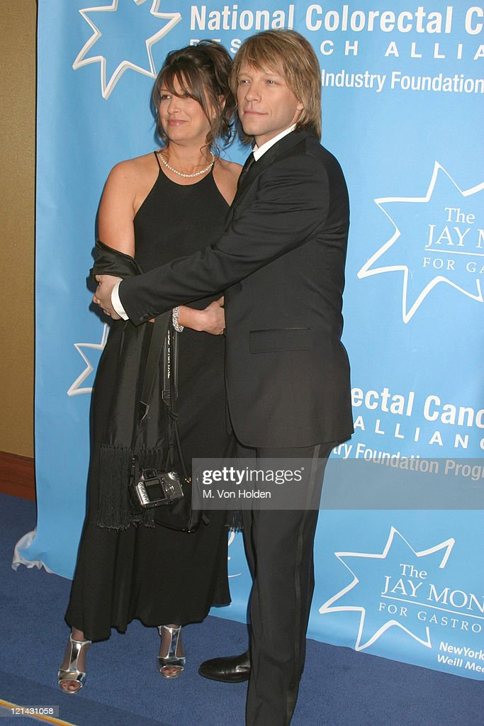 Hollywood Hits Broadway, EIF's National Colorectal Cancer Research Alliance fundraiser : News Photo