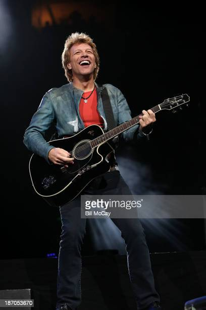 Jon Bon Jovi performs at the Wells Fargo Center November 5, 2013 in Philadelphia, Pennsylvania.