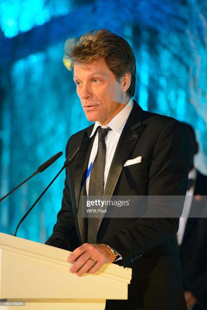 Jon Bon Jovi speaks at the Centrepoint Gala Dinner at Kensington Palace on November 26, 2013 in London, England.