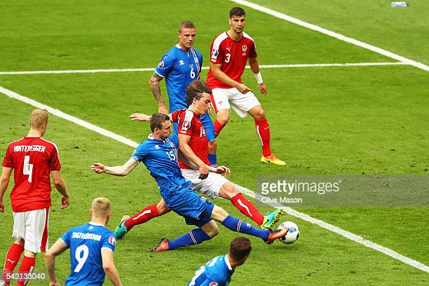 Jon Dadi Bodvarsson of Iceland scores his team's first goal during the UEFA EURO 2016 Group F match between Iceland and Austria at Stade de France on...