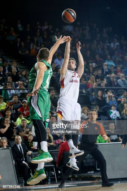 Jon Diebler of Galatasaray Odeabank in action during the Turkish Airlines Euroleague basketball match between Darussafaka Dogus and Galatasaray...
