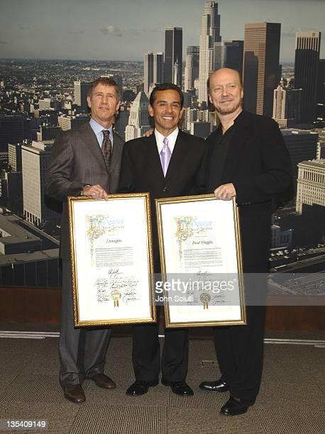 Jon Feltheimer, Lionsgate CEO, Mayor Antonio Villaraigosa and Paul Haggis, director