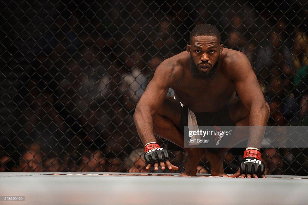 UFC 197: Jones v Saint Preux : News Photo