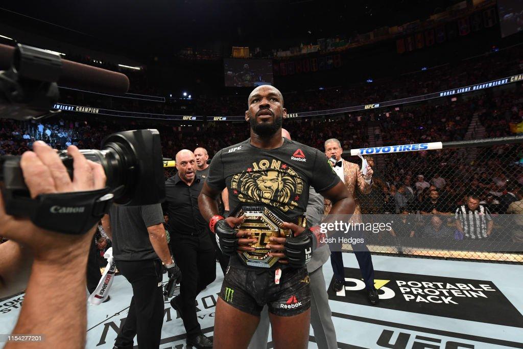 UFC 239: Jones v Santos : Foto jornalística