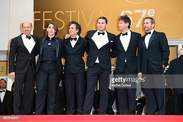 Jon Kilik Megan Ellison Mark Ruffalo Channing Tatum Bennett Miller and Steve Carell attend the Premiere of 'Foxcatcher' at the 67th Annual Cannes...