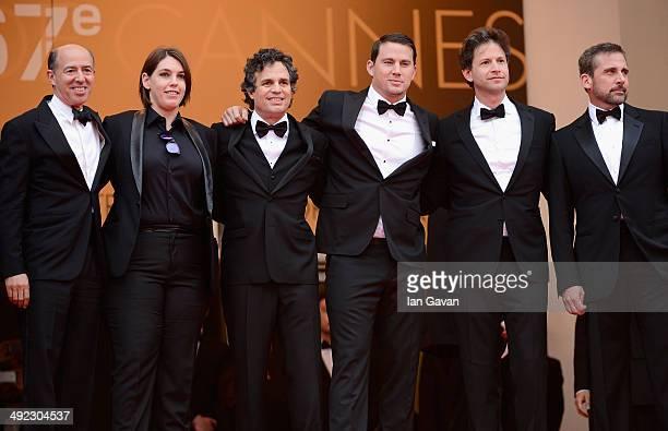 Jon Kilik Megan Ellison Mark Ruffalo Channing Tatum director Bennett Miller and Steve Carell attend the 'Foxcatcher' premiere during the 67th Annual...