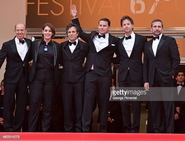 Jon Kilik Megan Ellison Mark Ruffalo Channing Tatum director Bennett Miller and Steve Carell attend the 'Foxcatcher' Premiere at the 67th Annual...
