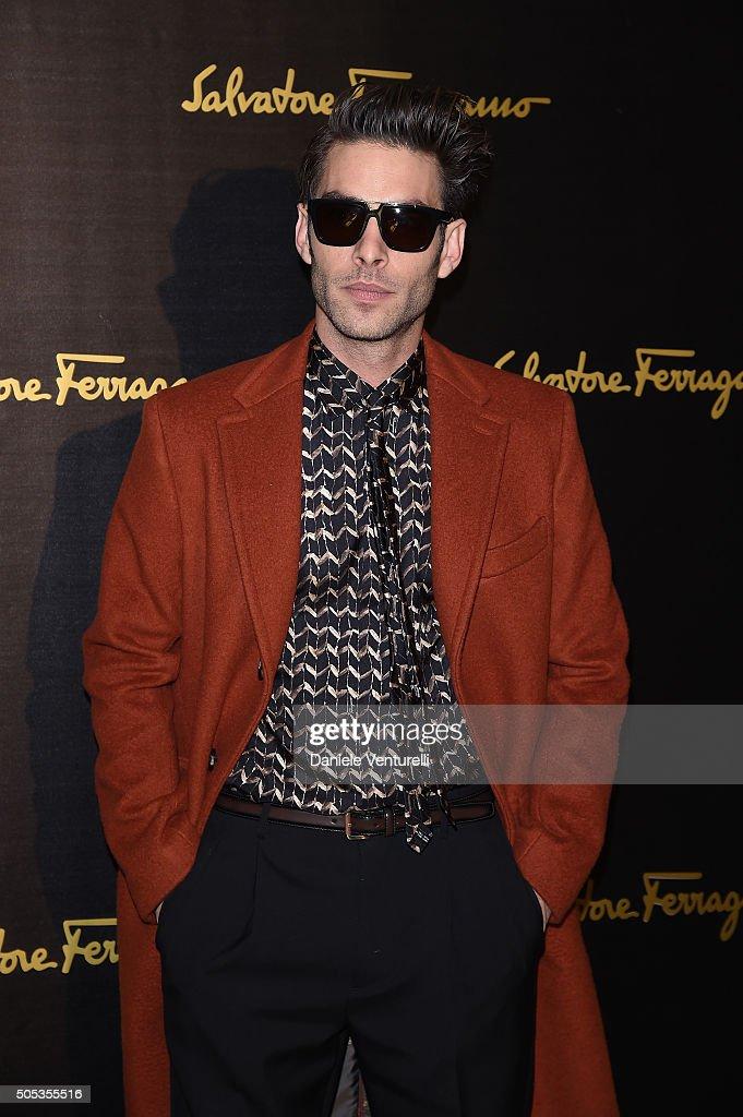 Salvatore Ferragamo - Front Row - Milan Men's Fashion Week  FW16 : News Photo