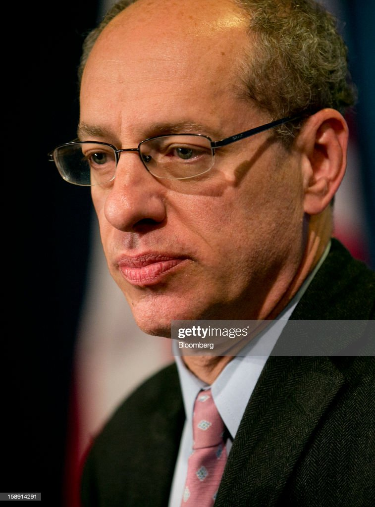 Jon Leibowitz, chairman of the Federal Trade Commission (FTC), listens to a question during a news conference in Washington, D.C., U.S., on Thursday, Jan. 3, 2013. Google Inc. avoiding a potentially costly legal battle with U.S. regulators, ended a 20-month antitrust probe by pledging to change some business practices and settling allegations it misused patents to thwart competitors in smartphone technology. Photographer: Andrew Harrer/Bloomberg via Getty Images