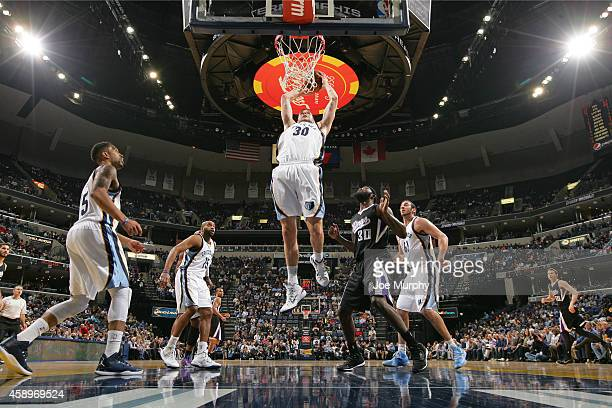 Jon Leuer of the Memphis Grizzlies drives to the basket against the Sacramento Kings on November 13, 2014 at FedExForum in Memphis, Tennessee. NOTE...