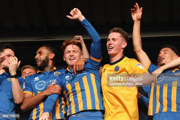 Jon Nolan and goalkeeper Dean Henderson Shrewsbury Town celebrates after the 20 aggregate victory during the Sky Bet League One Play Off Semi...