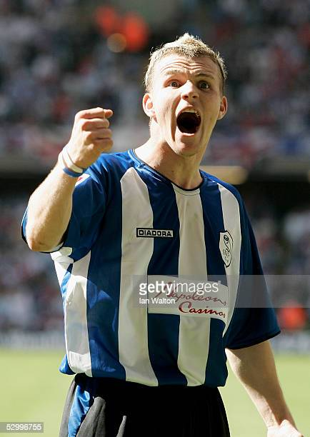 Jon- Paul Mcgovern celebrates after Steven MacLean of Sheffield Wednesday scored from a penalty during the Coca-Cola Football League One play-off...