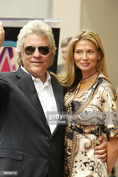Jon Peters and family