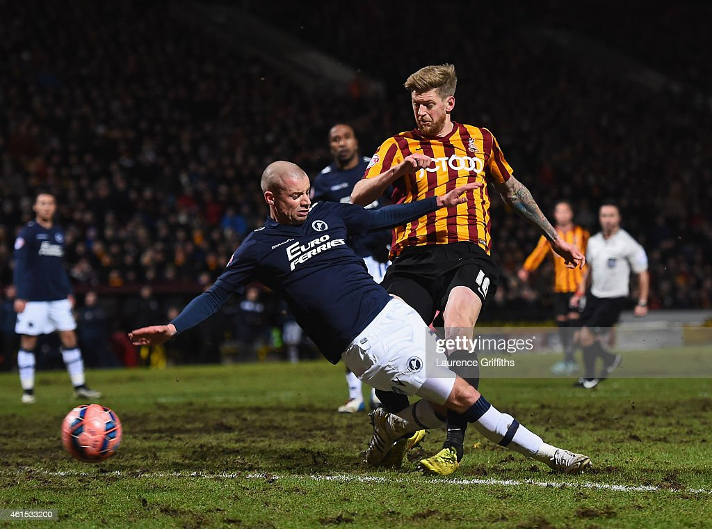 Jon Stead of Bradford scores the second goal during the FA Cup Third Round Replay between Bradford City and Millwall at Coral Windows Stadium, Valley Parade on January 14, 2015 in Bradford, England.