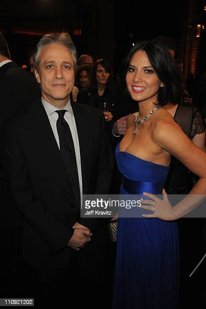 Jon Stewart and Olivia Munn pose at the First Annual Comedy Awards at Hammerstein Ballroom on March 26, 2011 in New York City.