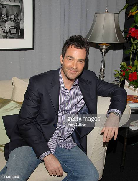 Jon Tenney in Backstage Creations Talent Retreat during Backstage Creations 2006 Screen Actors Guild Awards The Talent Retreat Day 1 at Shrine...