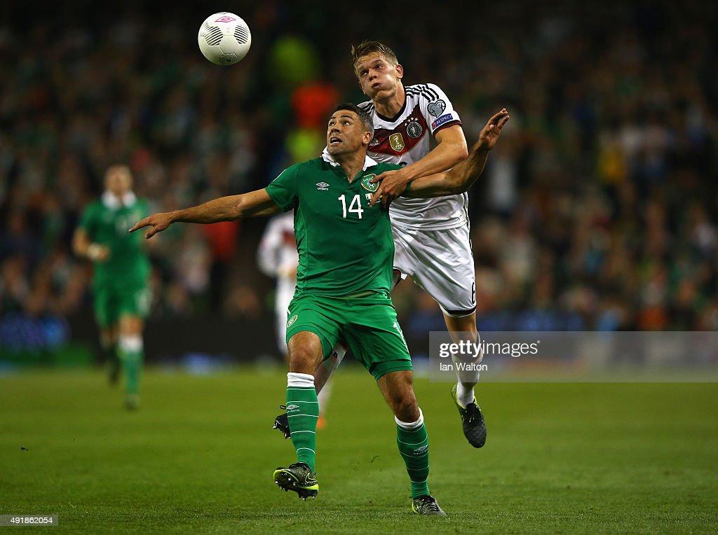 Republic of Ireland v Germany - UEFA EURO 2016 Qualifier : Fotografía de noticias