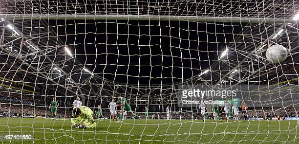 Jon Walters of Republic of Ireland scores from the penalty spot during the Euro 2016 playoff second leg between the Republic of Ireland and...