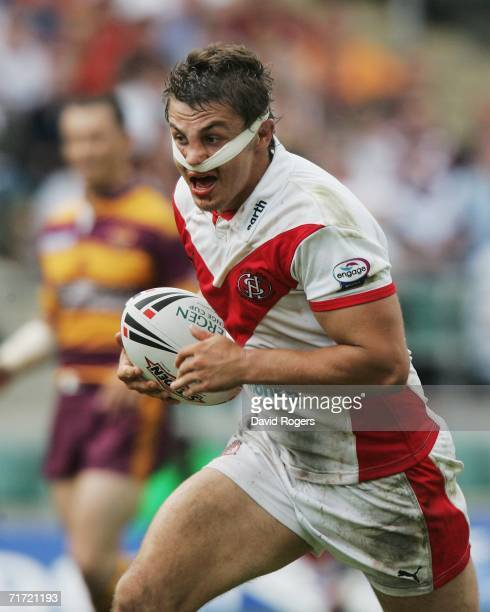 Jon Wilkin of St Helens in action during the Powergen Challenge Cup Final match between Huddersfield Giants and St Helens at Twickenham on August 26...