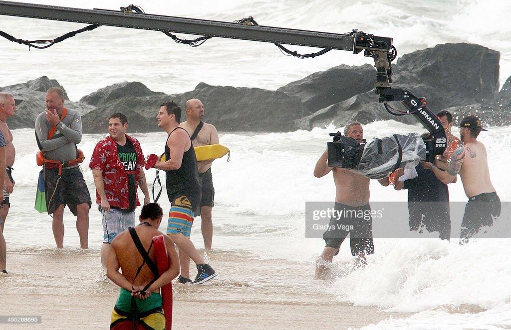Jonah Hill and Channing Tatum are seen filming '22 Jump Street' at Condado Beach on December 11, 2013 in San Juan, Puerto Rico.