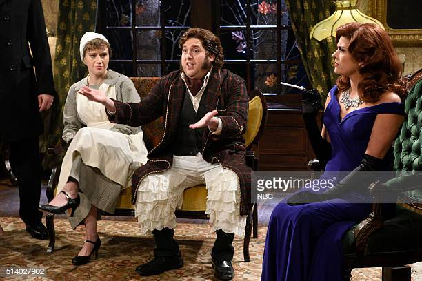 LIVE Jonah Hill Episode 1697 Pictured Kate McKinnon Jonah Hill and Cecily Strong during the Murder Mysteries sketch on March 5 2016