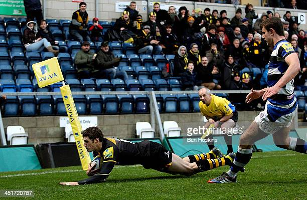 Jonah Holmes of Wasps dives over to score his team's first try of the game during the Aviva Premiership match between London Wasps and Bath at Adams...