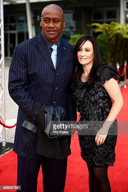 Jonah Lomu and Nadene Quirk pose on the red carpet ahead of the Westpac Halberg Awards at Vector Arena on February 13 2014 in Auckland New Zealand