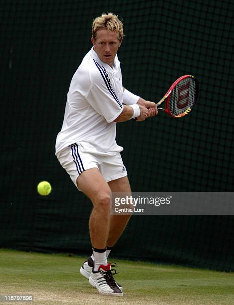 Jonas Bjorkman defeats Justin Gimelstob in three sets 61 63 63