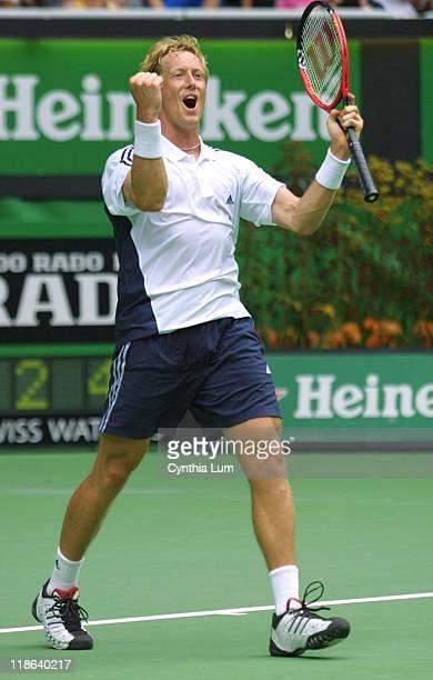 Jonas Bjorkman, Sweden, defeats Tim Henmann of Great Britain, 6-2, 7-6 , 6-4.