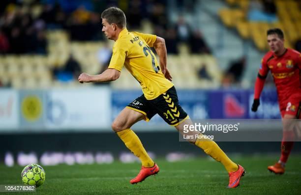 Jonas Borring of AC Horsens controls the ball during the Danish Superliga match between AC Horsens and FC Nordsjalland at CASA Arena on October 27...