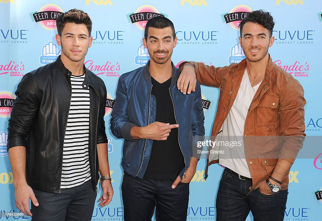 Jonas Brothers arrives at the 2013 Teen Choice Awards at Gibson Amphitheatre on August 11, 2013 in Universal City, California.