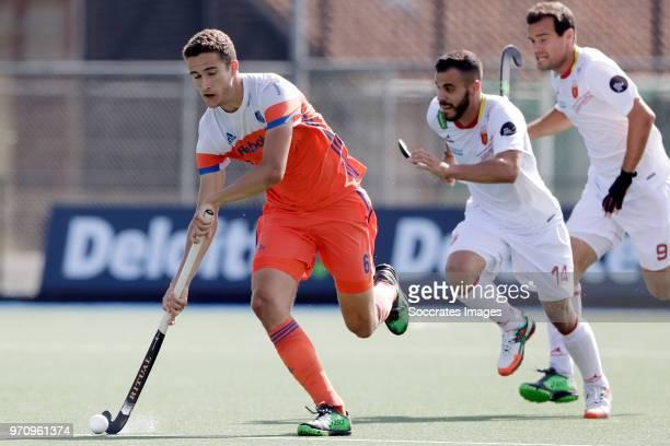 Jonas de Geus of Holland during the match between Holland v Spain Rabo Super Serie 2018 at the Alkmaarsche MHC on June 10 2018 in Alkmaar Netherlands