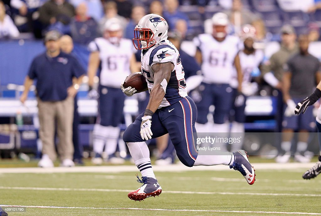 New England Patriots v Indianapolis Colts : News Photo