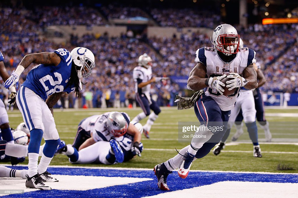 Jonas Gray #35 of the New England Patriots scores a touchdown against the Indianapolis Colts during the fourth quarter of the game at Lucas Oil Stadium on November 16, 2014 in Indianapolis, Indiana.